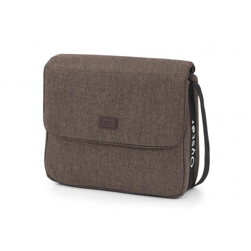 OYSTER taška s přebalovací podložkou - TRUFFLE 2019