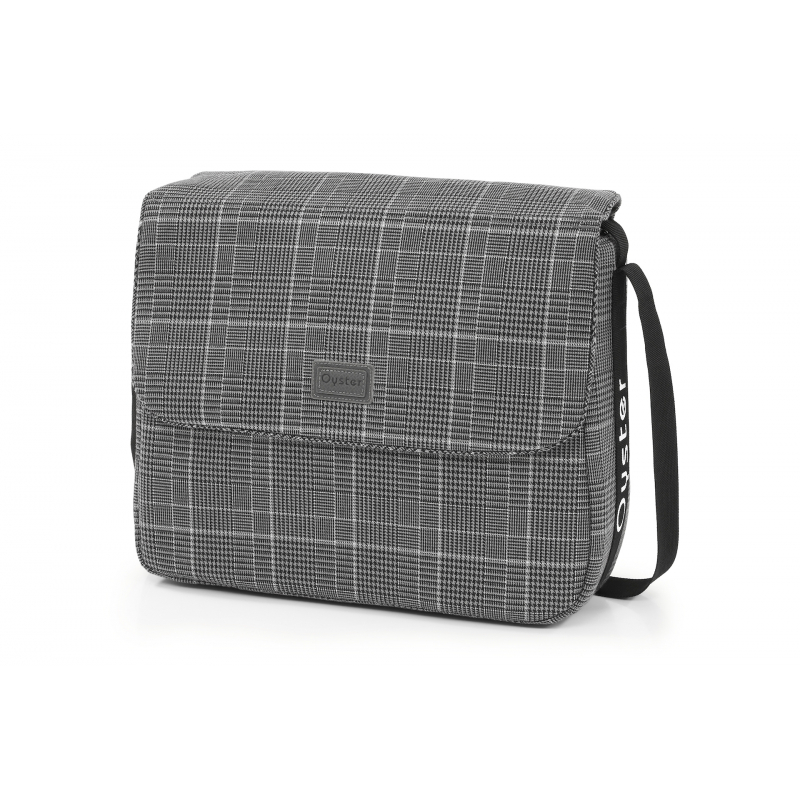 OYSTER taška s přebalovací podložkou - MANHATTAN 2020